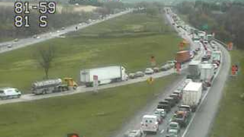 Cleared | Four vehicle accident shuts down I-81 | WHP