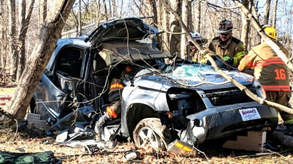 Crews respond to single-vehicle crash in Adams County | WHP